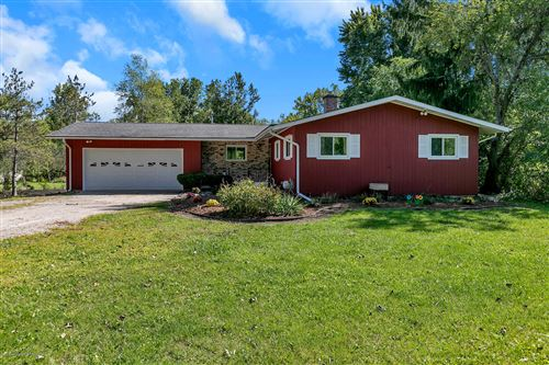 Photo of 342 E Sherwood Road, Williamston, MI 48895 (MLS # 249918)