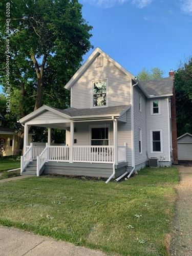 Photo of 302 N Clinton Street, Grand Ledge, MI 48837 (MLS # 246993)