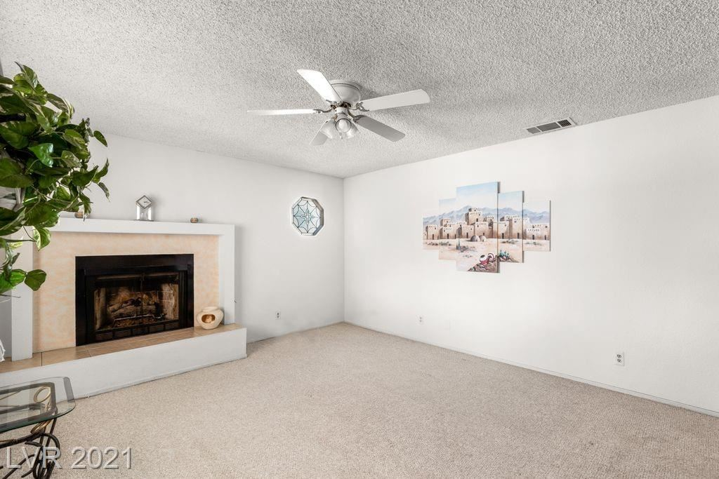 Photo of 2405 Whirlaway Street, Las Vegas, NV 89108 (MLS # 2286004)