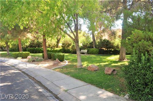 Photo of 346 Santa Monica Drive, Henderson, NV 89014 (MLS # 2207014)