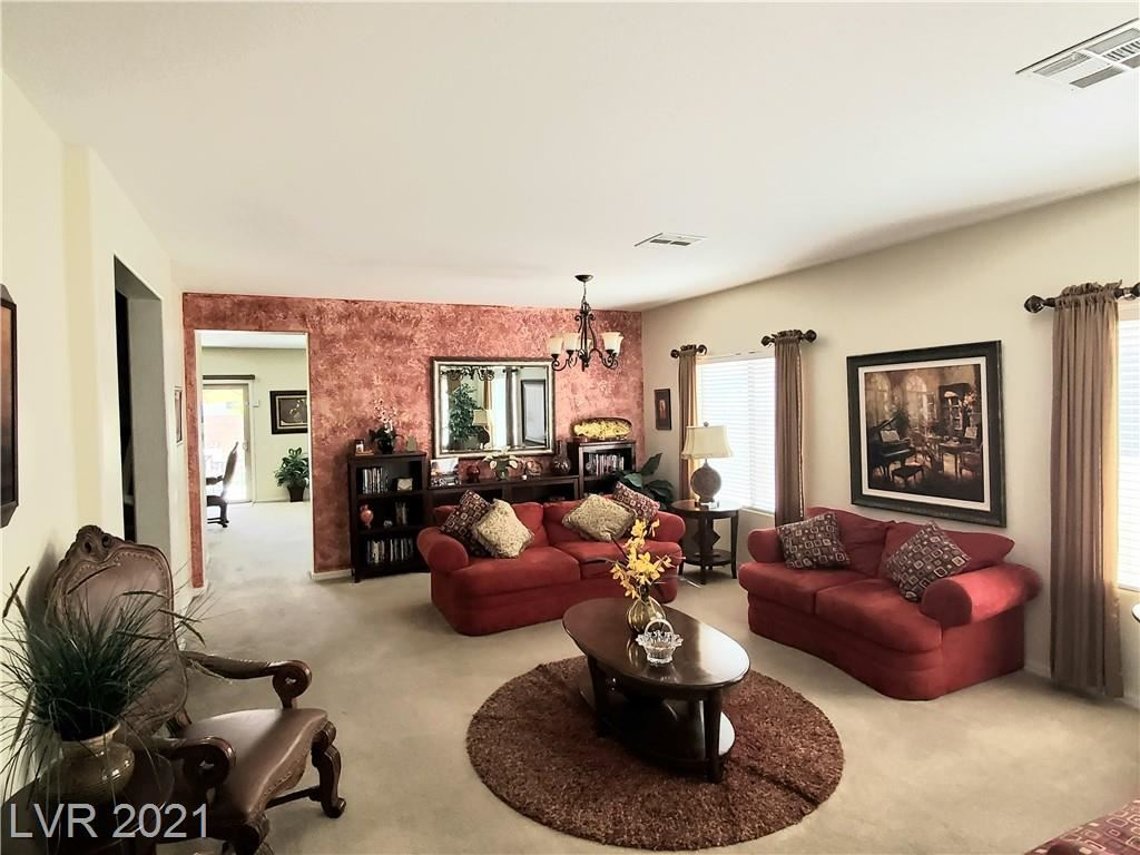 Photo of 167 Voltaire Avenue, Henderson, NV 89002 (MLS # 2292022)