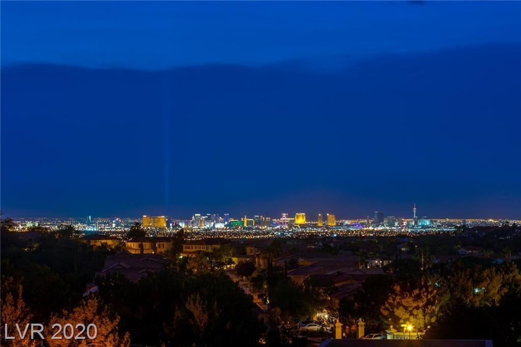 Photo of 2876 QUARTZ CANYON Drive, Henderson, NV 89052 (MLS # 2207023)