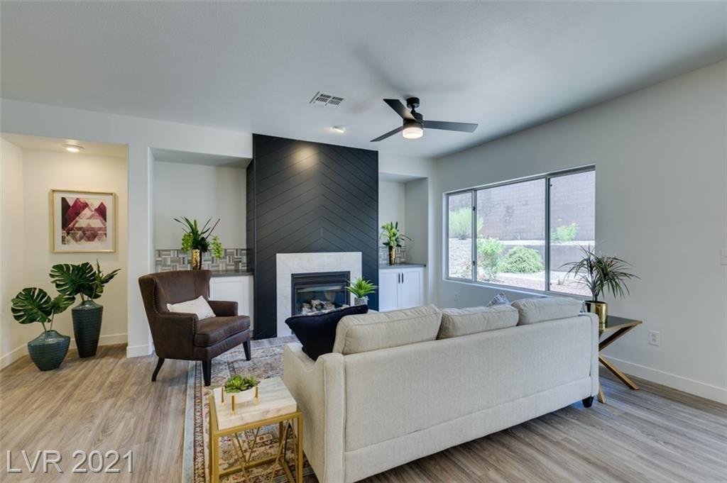 Photo of 1720 Sebring Hills Drive, Henderson, NV 89052 (MLS # 2333027)