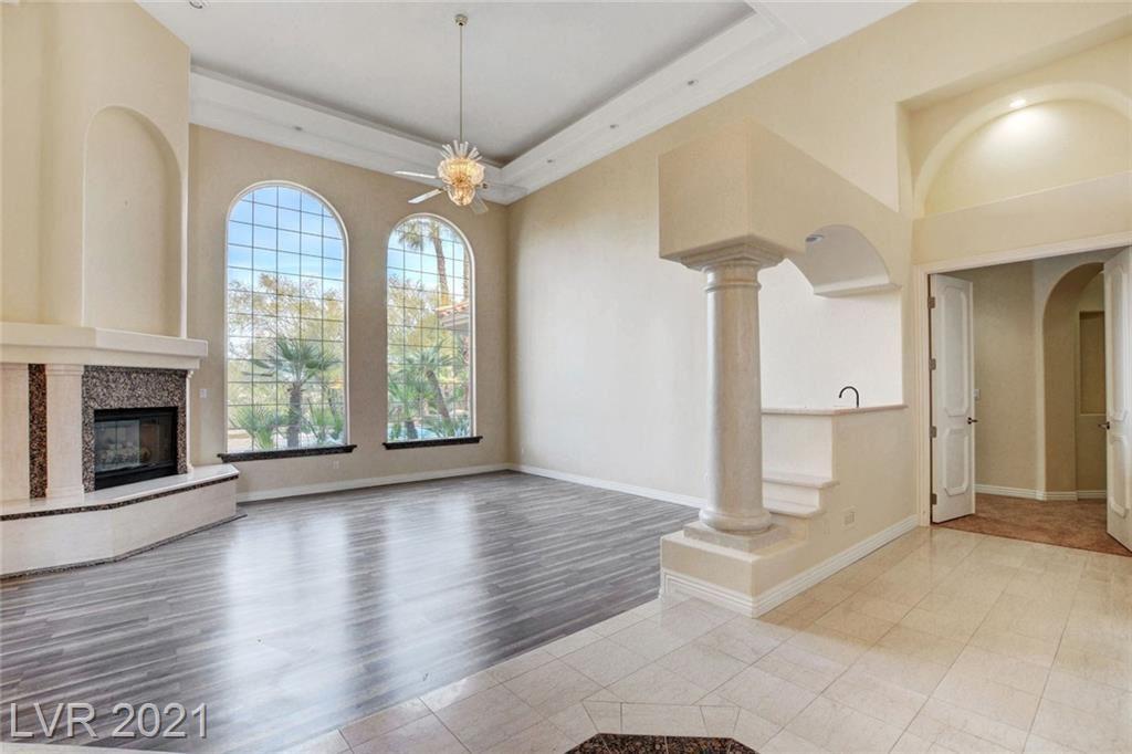 Photo of 4 VIA VITTORIO Place, Henderson, NV 89011 (MLS # 2274035)