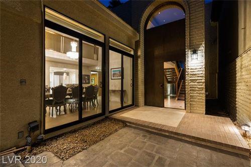 Photo of 972 Vegas Valley Drive, Las Vegas, NV 89109 (MLS # 2243050)