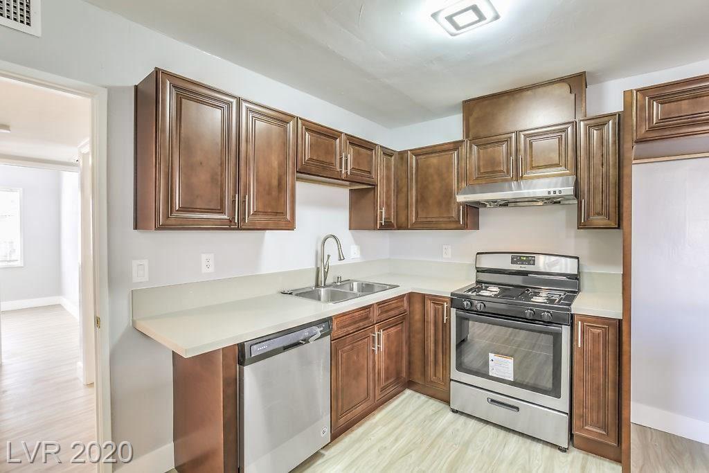 Photo of 1728 HASSETT Avenue, Las Vegas, NV 89104 (MLS # 2195058)
