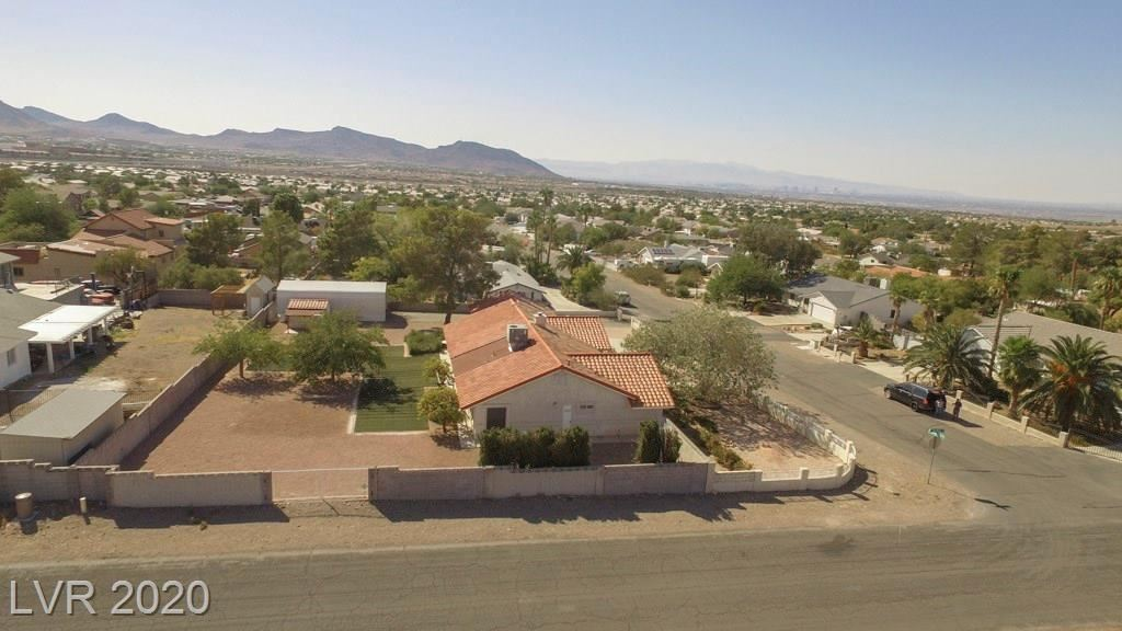 Photo of 1691 Rocking Horse Drive, Henderson, NV 89002 (MLS # 2231058)