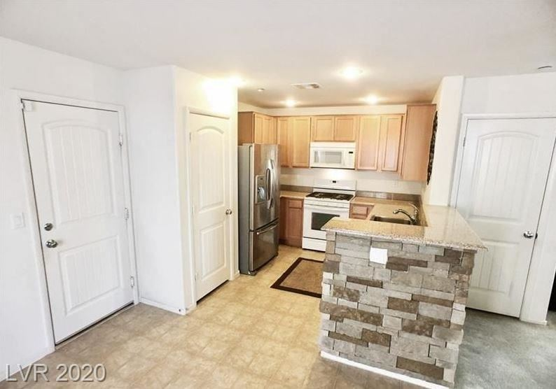Photo of 10824 Mason Hill, Las Vegas, NV 89166 (MLS # 2201091)