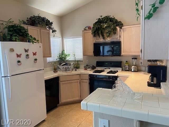 Photo of 1405 Nellis #2001, Las Vegas, NV 89104 (MLS # 2198095)