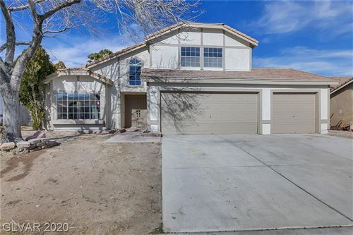 Photo of 6420 VICUNA Drive, Las Vegas, NV 89146 (MLS # 2169101)