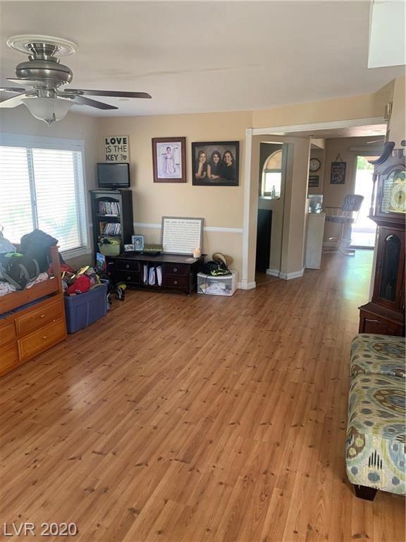 Photo of 932 Plantation Acres Street, Henderson, NV 89014 (MLS # 2220103)