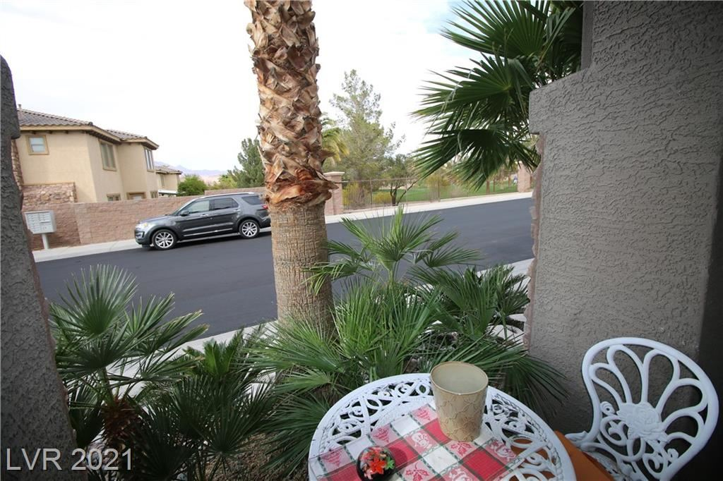 Photo of 237 Via Di Citta Drive, Henderson, NV 89011 (MLS # 2285104)
