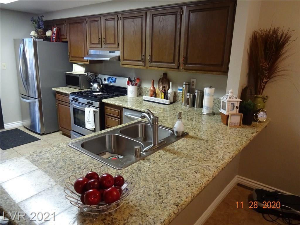 Photo of 804 Pepperwood Lane, Las Vegas, NV 89107 (MLS # 2261113)