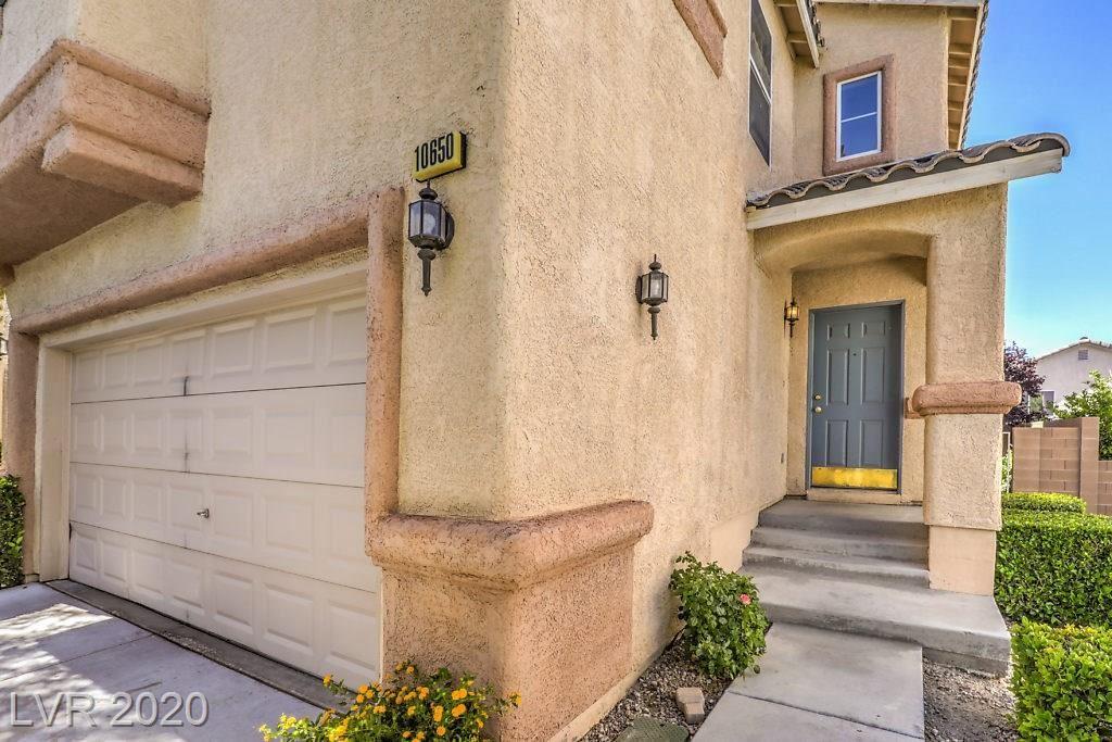 Photo of 10650 Lunar Crest Avenue, Las Vegas, NV 89129 (MLS # 2212114)