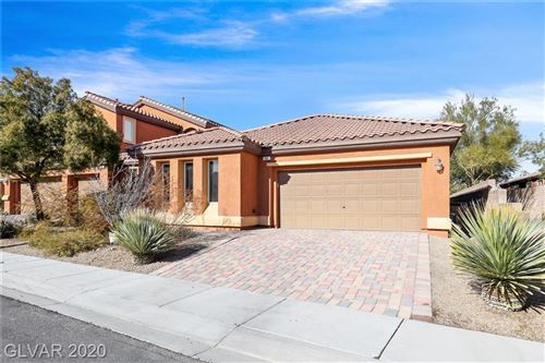 Photo of 40 STABLEWOOD Court, Las Vegas, NV 89084 (MLS # 2166125)