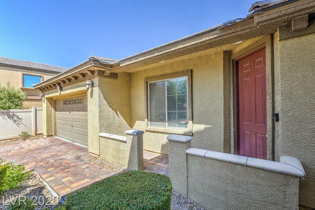Photo of 3520 Tesoro Del Valle Ct Court, North Las Vegas, NV 89081 (MLS # 2230138)