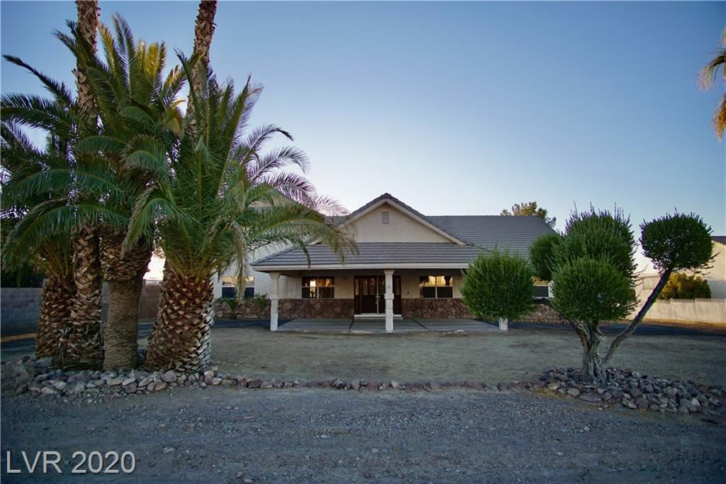 Photo of 508 Racetrack Road, Henderson, NV 89015 (MLS # 2231147)