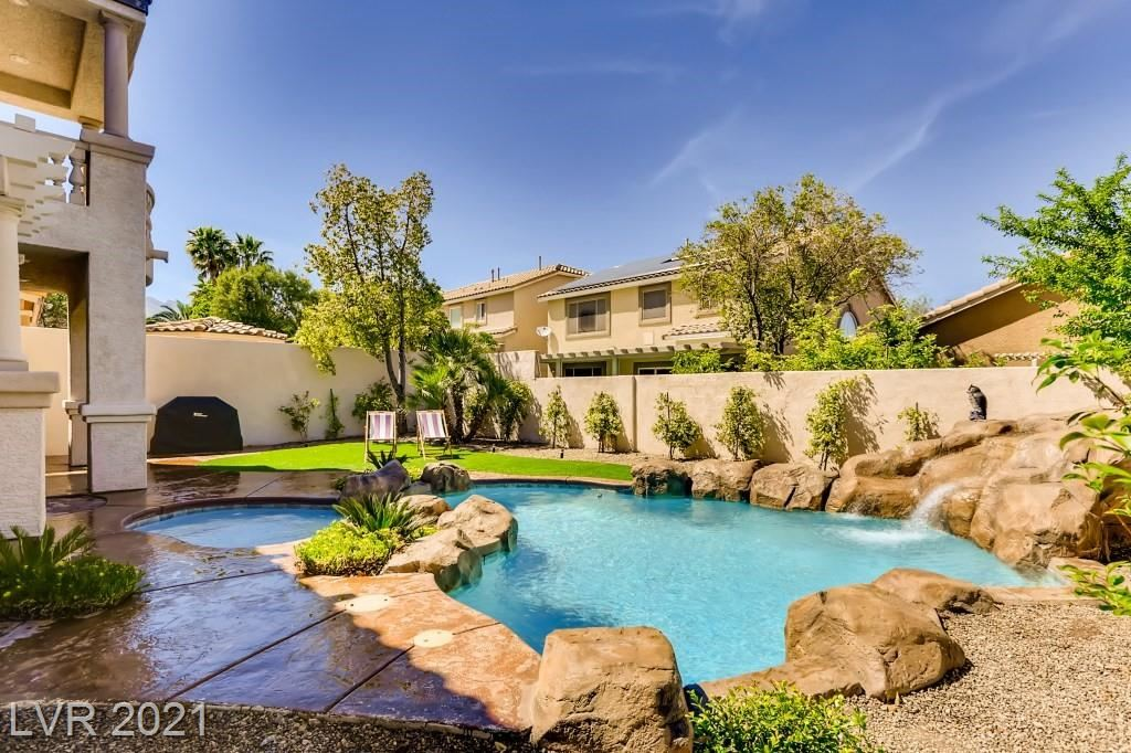 Photo of 10668 Royal View Avenue, Las Vegas, NV 89144 (MLS # 2292153)