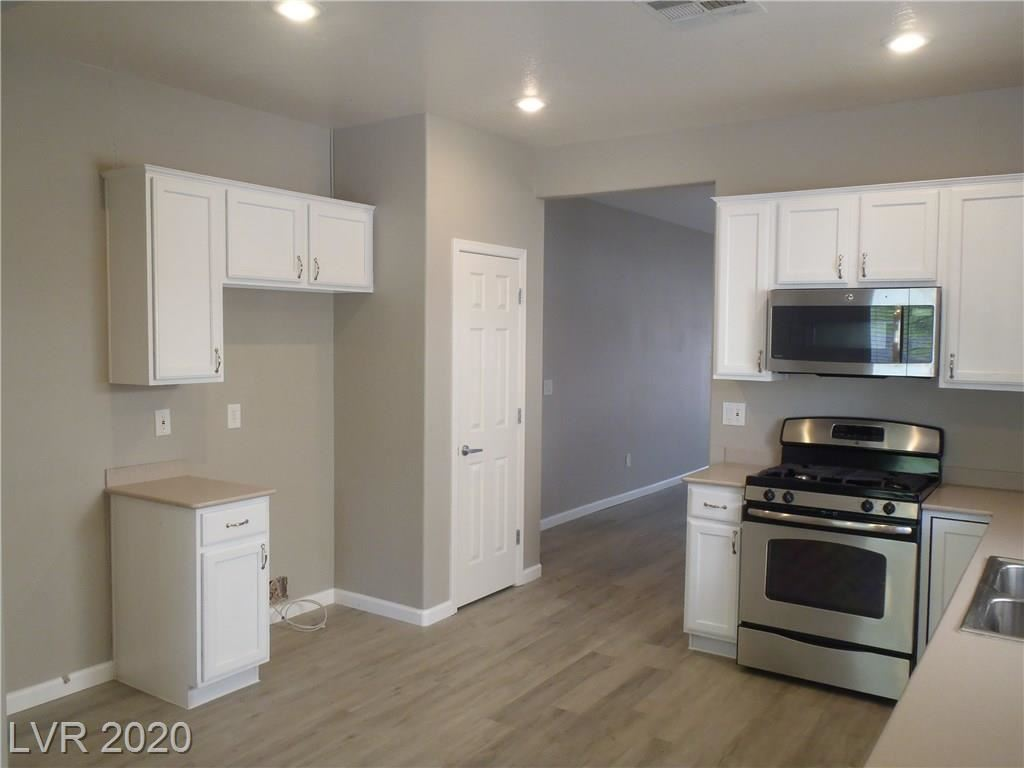 Photo of 2804 Ground Robin Drive, North Las Vegas, NV 89084 (MLS # 2222163)