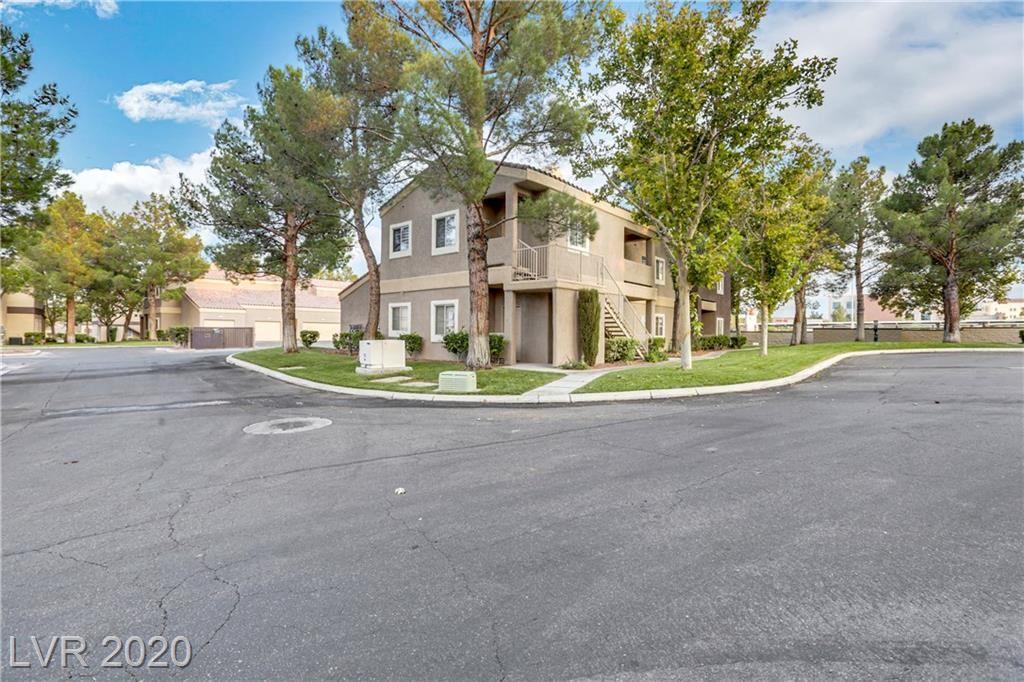 Photo of 5250 Rainbow Boulevard #1048, Las Vegas, NV 89118 (MLS # 2233163)