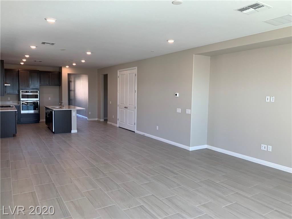 Photo of 2411 ARRINGTON Avenue, North Las Vegas, NV 89086 (MLS # 2187168)