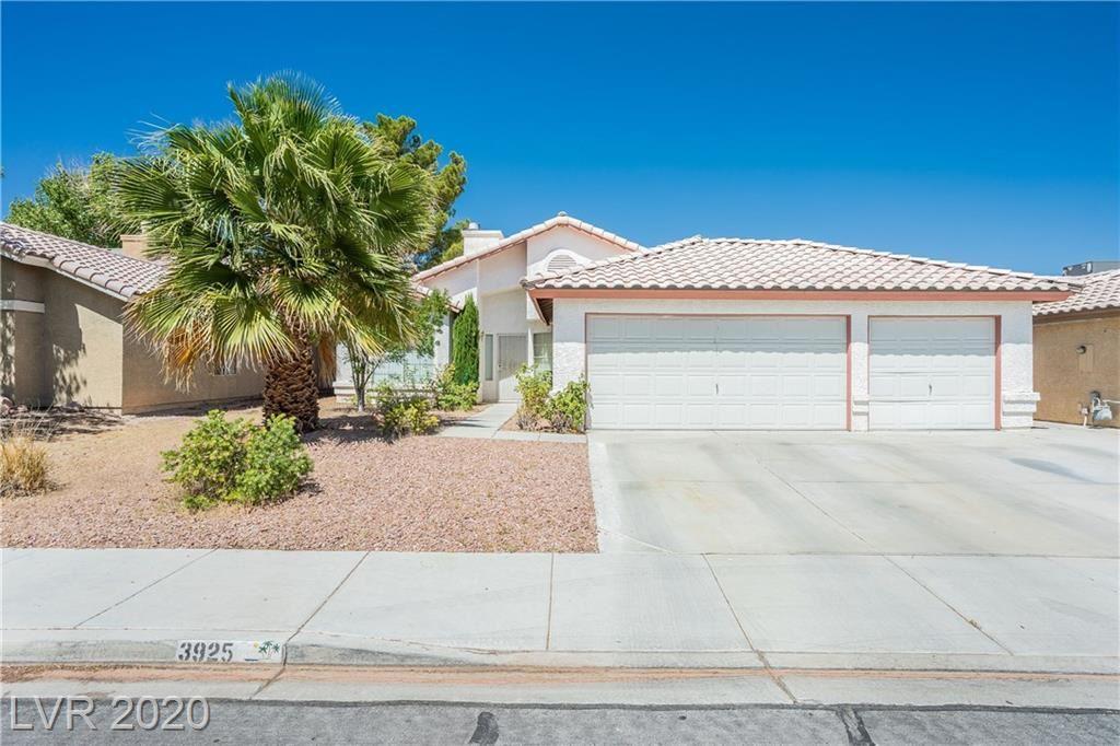Photo of 3925 Dabney, North Las Vegas, NV 89032 (MLS # 2201189)