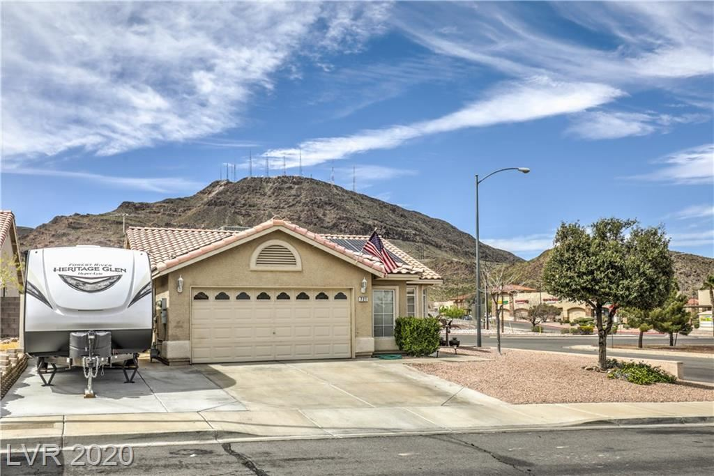 Photo of 721 Wolf Point, Henderson, NV 89002 (MLS # 2186190)
