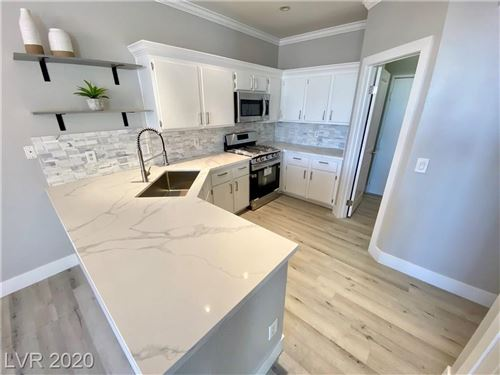 Photo of 251 GREEN VALLEY #5311, Henderson, NV 89012 (MLS # 2174191)