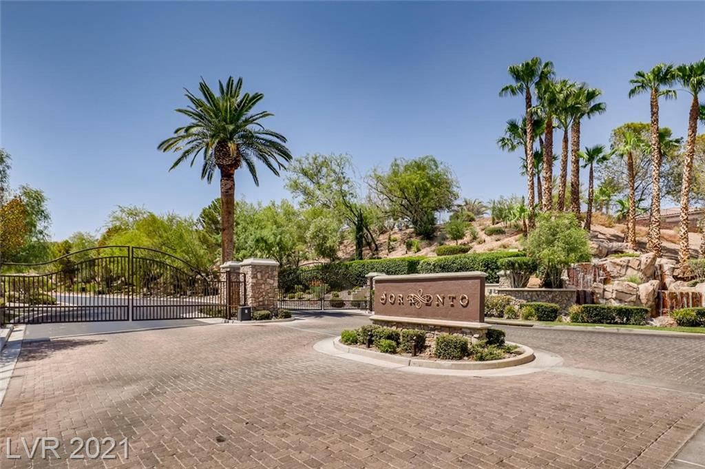 Photo of 5 Avenida Sorrento, Henderson, NV 89011 (MLS # 2223198)