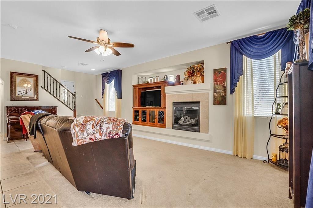 Photo of 7648 Gatsby House Street, Las Vegas, NV 89166 (MLS # 2303199)