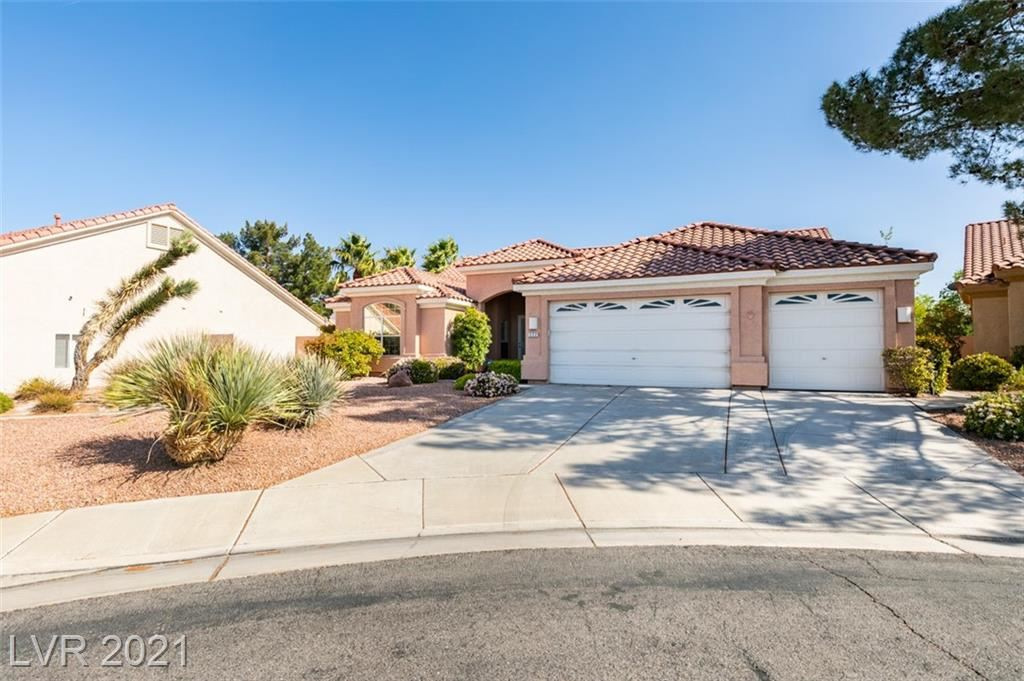 Photo of 222 Chestnut Ridge Circle, Henderson, NV 89012 (MLS # 2286200)
