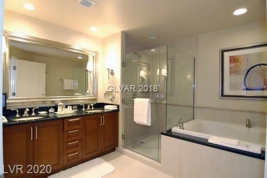 Photo of 125 HARMON Avenue #1417, Las Vegas, NV 89109 (MLS # 2185203)