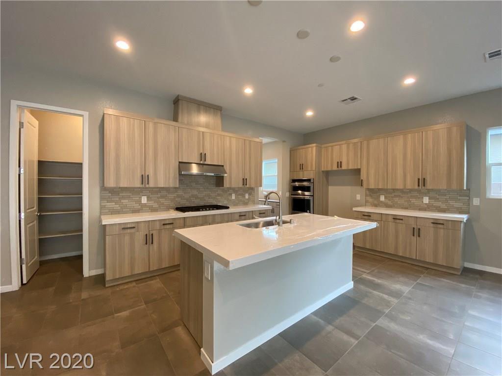 Photo of 2642 Summit Springs Street, Henderson, NV 89044 (MLS # 2215205)