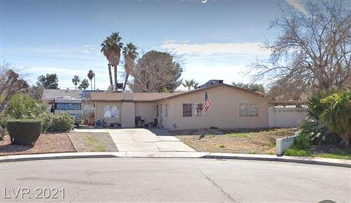 Photo of 3555 Horizon Circle, Las Vegas, NV 89121 (MLS # 2330210)