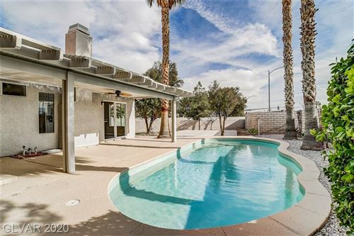 Photo of 1127 HEATHER OAKS Way, North Las Vegas, NV 89031 (MLS # 2165215)