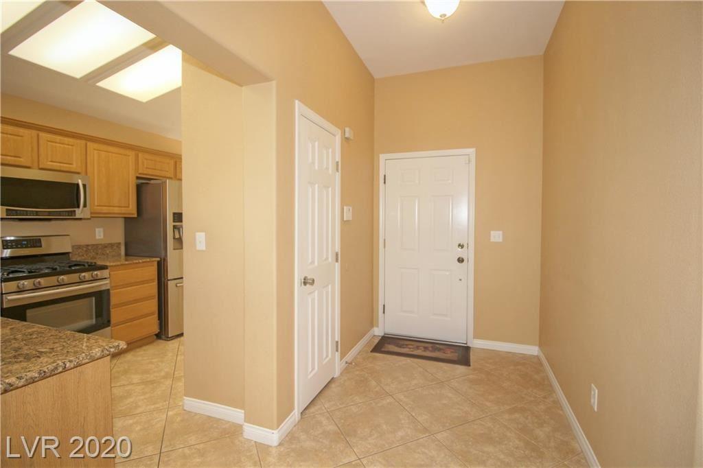 Photo of 507 Winding Oak Court, Henderson, NV 89012 (MLS # 2207216)