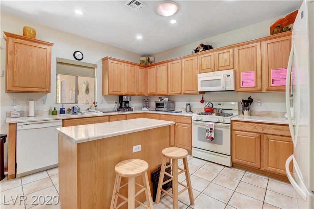 Photo of 495 Elkhurst Place, Henderson, NV 89012 (MLS # 2230225)