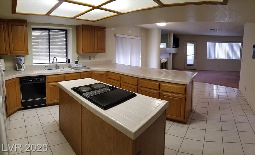 Photo of 2909 BROKEN WILLOW Circle, Las Vegas, NV 89117 (MLS # 2172229)