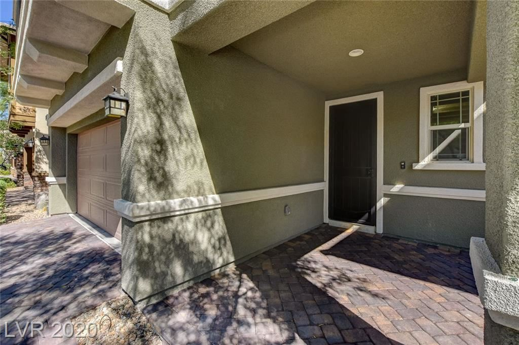 Photo of 10687 Country Knoll Way, Las Vegas, NV 89135 (MLS # 2212237)