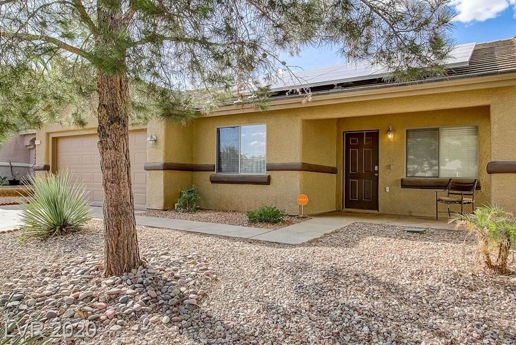 Photo of 1076 Bootspur Drive, Henderson, NV 89012 (MLS # 2215239)