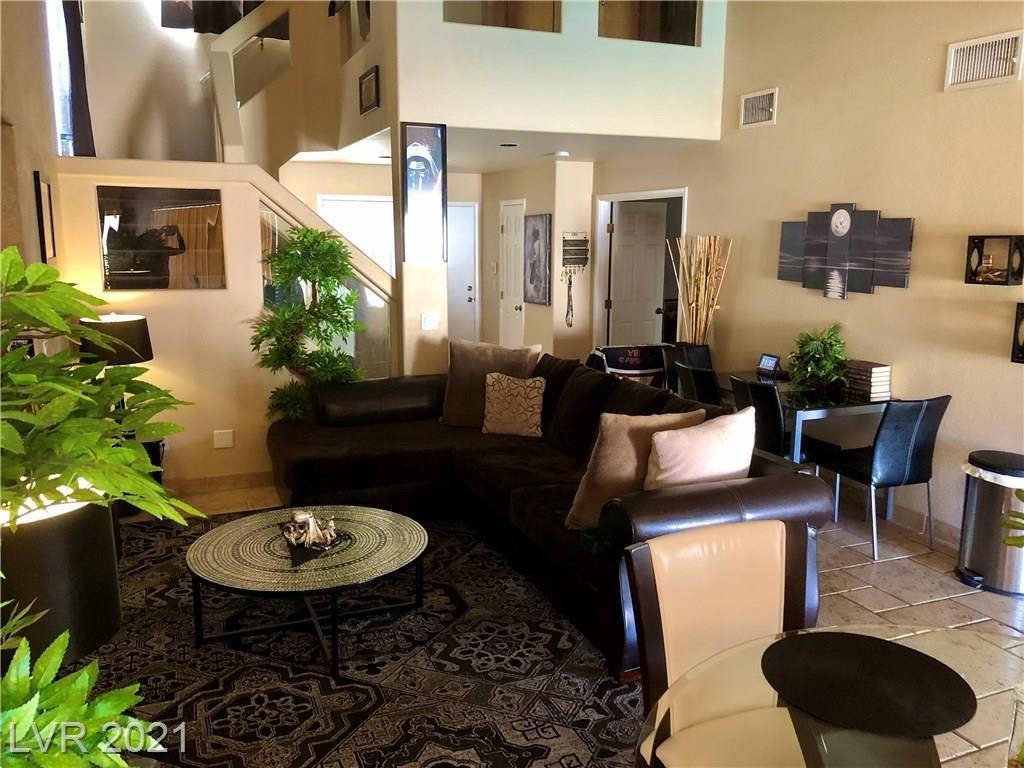Photo of 10144 Basalt Hollow Avenue, Las Vegas, NV 89148 (MLS # 2262239)