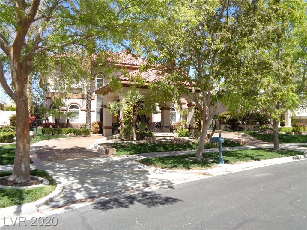 Photo of 9220 GOLDEN EAGLE Drive, Las Vegas, NV 89134 (MLS # 2167241)