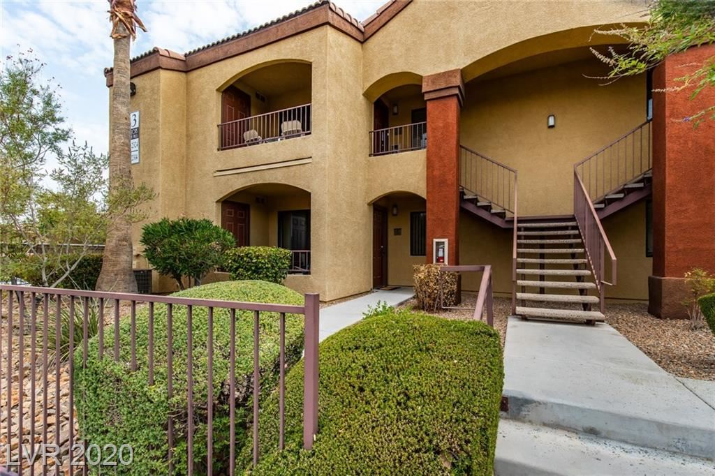 Photo of 950 Seven Hills Drive #2313, Henderson, NV 89052 (MLS # 2226257)