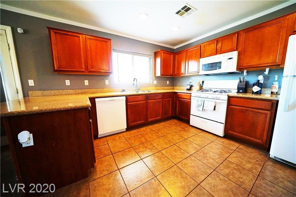 Photo of 5233 Floralita Street, Las Vegas, NV 89122 (MLS # 2213266)