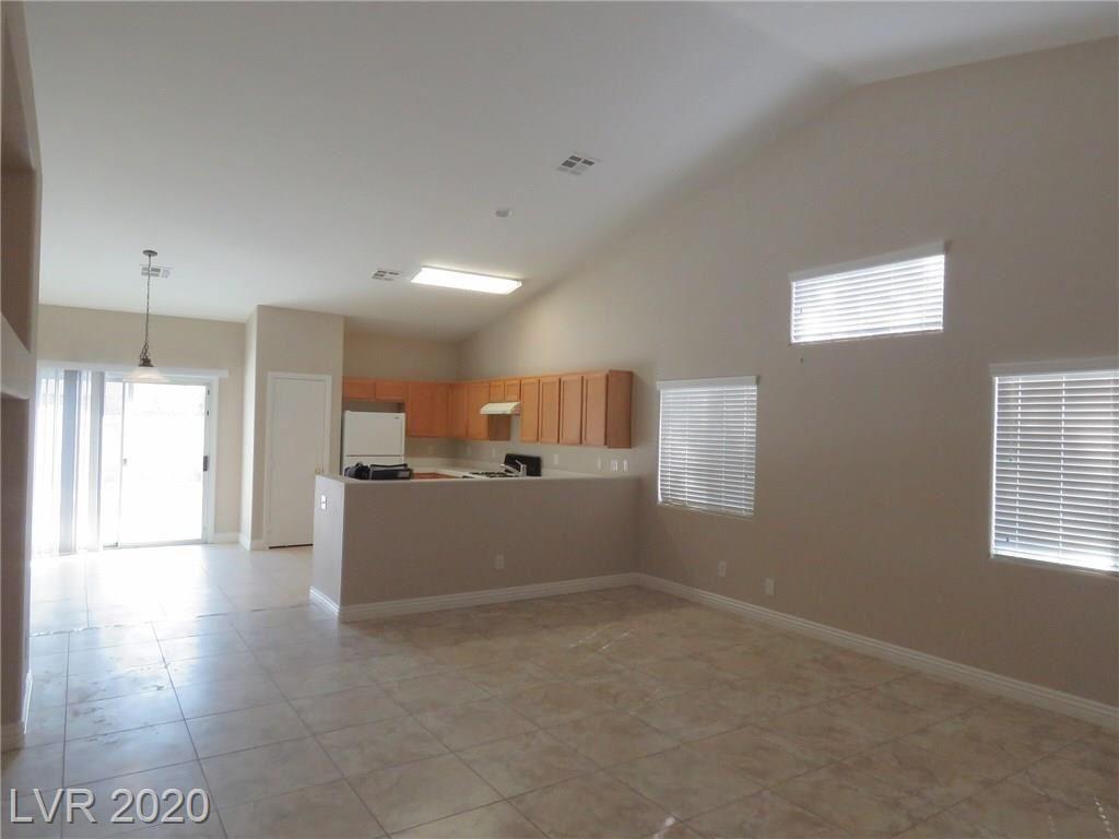 Photo of 713 Iron Stirrup Avenue, North Las Vegas, NV 89081 (MLS # 2232269)