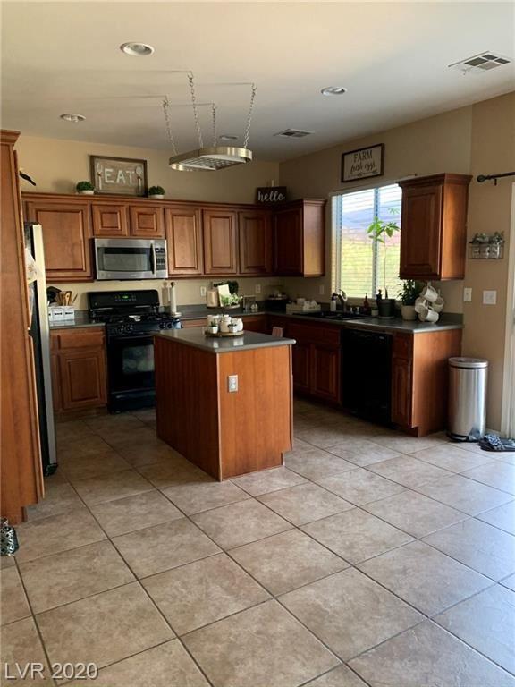 Photo of 5529 Hidden Rainbow Street, North Las Vegas, NV 89031 (MLS # 2233273)