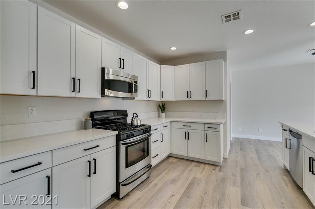 Photo of 259 Borrego Drive, Henderson, NV 89074 (MLS # 2279276)