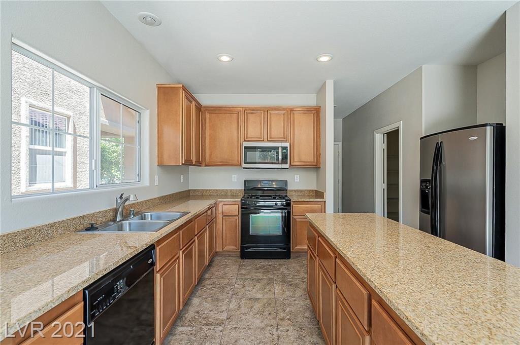 Photo of 31 Kind Avenue, Henderson, NV 89002 (MLS # 2291278)