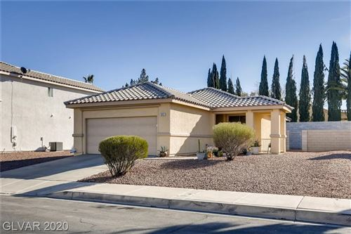 Photo of 1007 PAINTED DAISY Avenue, Henderson, NV 89074 (MLS # 2168280)
