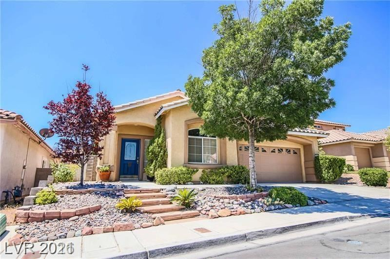 Photo of 10625 Redwood Grove Avenue, Las Vegas, NV 89144 (MLS # 2314282)